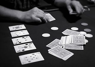 Poker (Photo: Todd Klassy (flickr), CC BY 2.5)